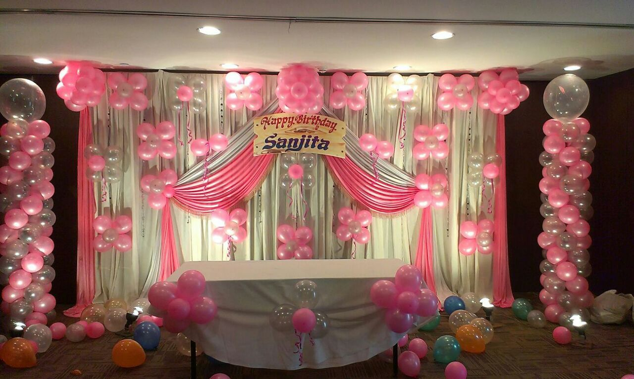 Eye catching birthday party balloon decorations bangalore for Baby shower function decoration