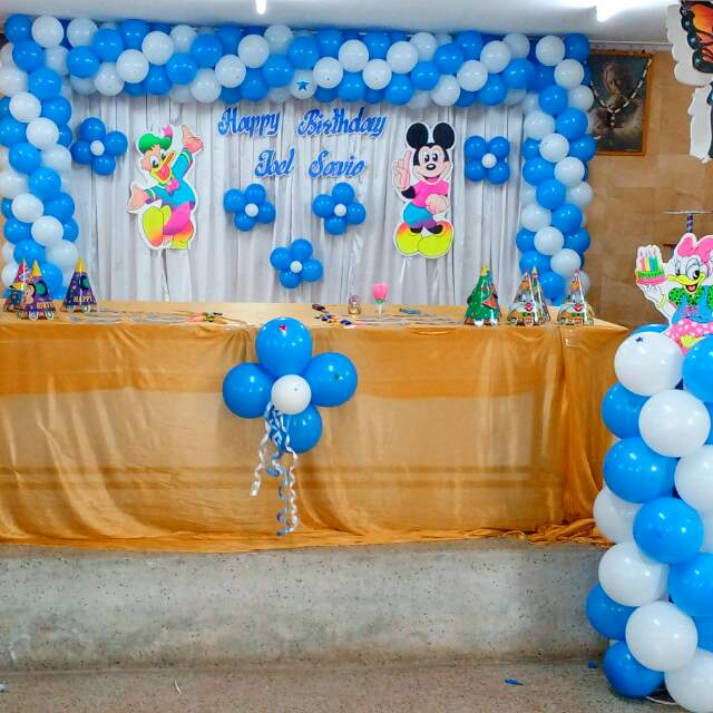 Basic backdrop balloon decoration for Backdrop decoration for birthday