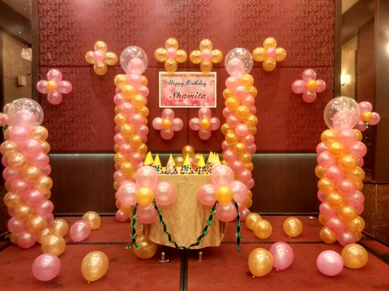 basic balloon decoration in bangalore