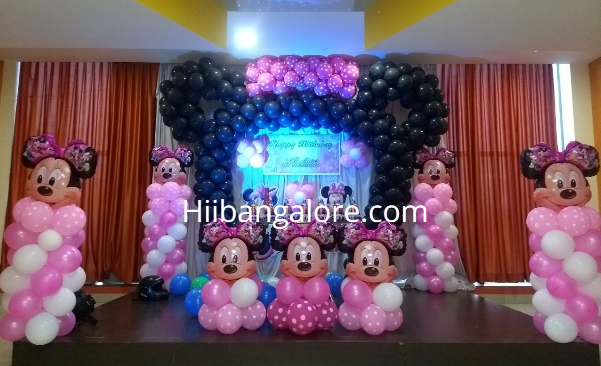 Minney mouse theme birthday party