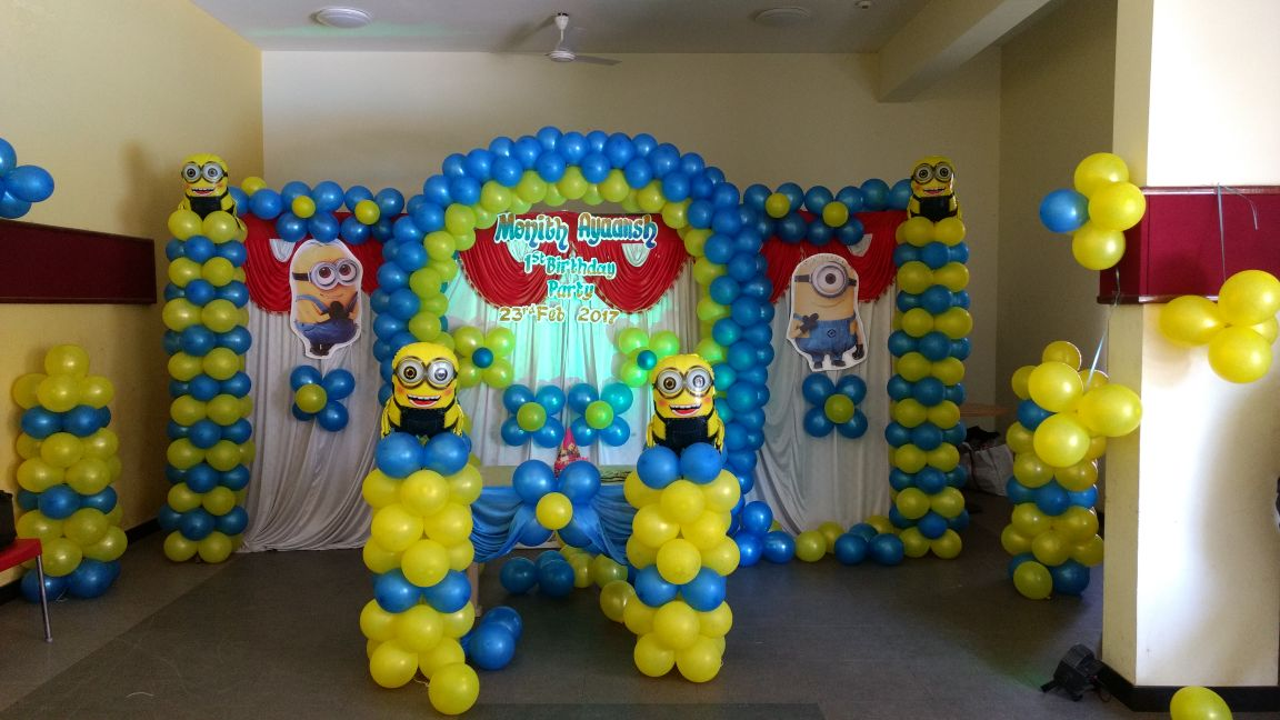 birthday party minions decoration